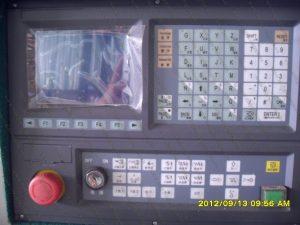 Bảng điều khiển máy CNC